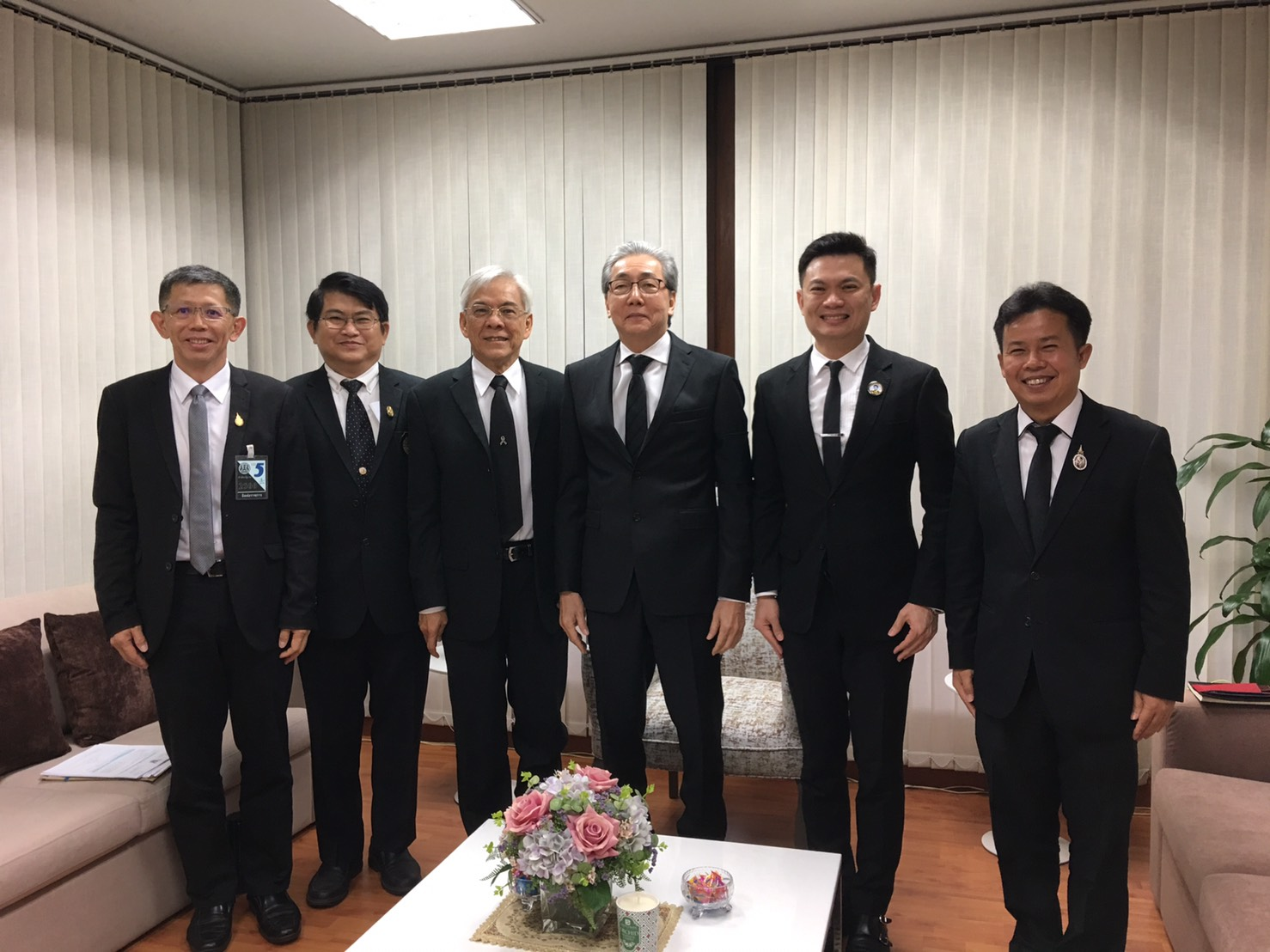 ประธานที่ประชุมอธิการบดีแห่งประเทศไทย และคณะ ร่วมประชุมหารือกับรองนายกรัฐมนตรี